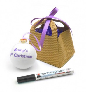Bump's First Christmas Bauble Gift box